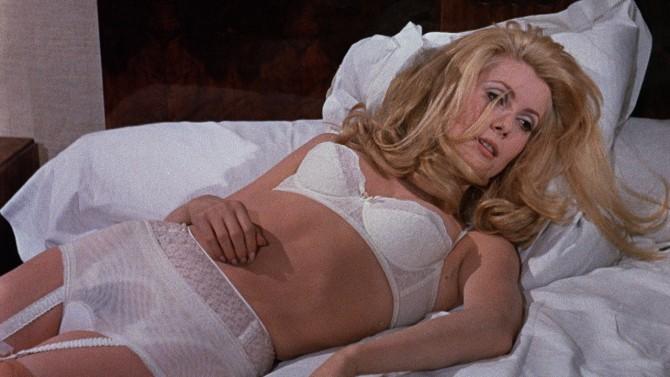 Catherine Deneuve в Дневна красавица, 1967