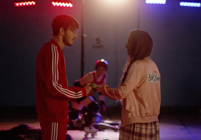 Симпатичният поп проект Summer Camp на двойката Elizabeth Sankey и Jeremy Warmsley пуска чаровно и леко бутафорно видео към последния сърцераздирателен сингъл за непосилната раздяла от тазгодишния албум Bad Love – двамата изповядват пословична отдаденост към телевизионните сериали, затова едва...