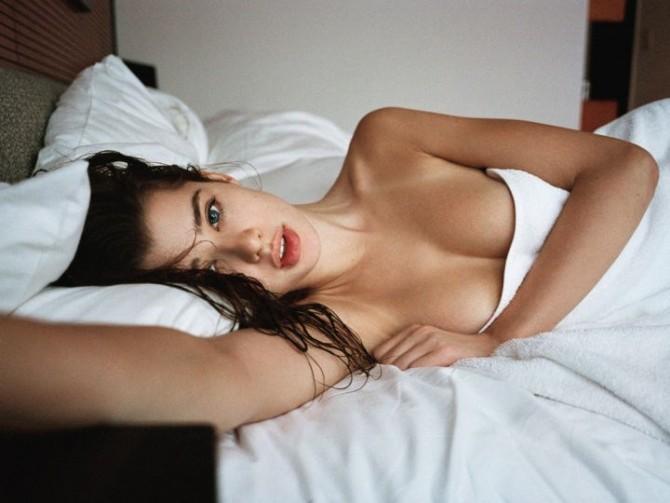 Sarah McDaniel в Playboy © Theo Wenner