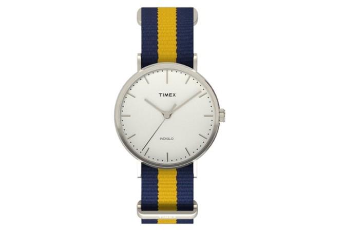 Timex Weekender Fairfield с найлонова каишка на синьо-жълто райе, $48