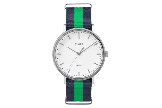 Timex Weekender Fairfield с найлонова каишка на синьо-зелено, $48