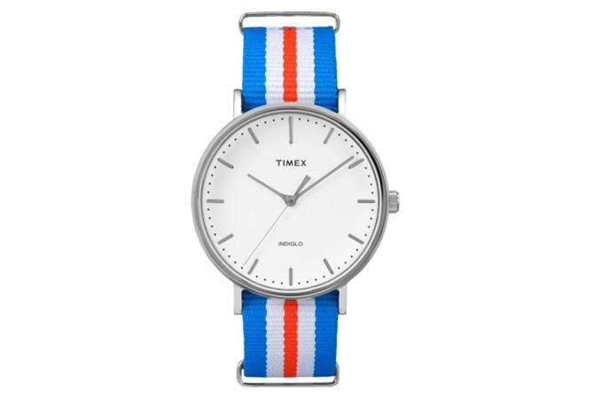 Timex Weekender Fairfield с найлова трицветна раирана каишка, $48